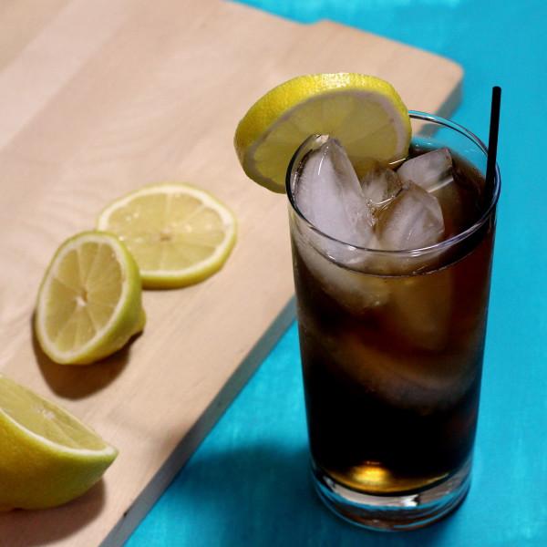 long-island-iced-tea_PC mixthatdrink.com